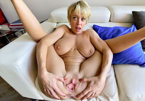 https://sexcam-girls.fotzen-porno.net/